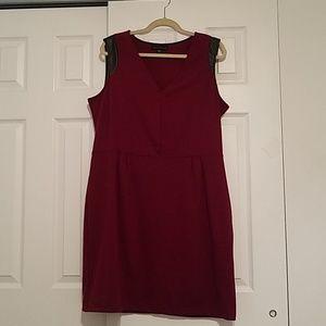 Attention Maroon XL Sleeveless dress
